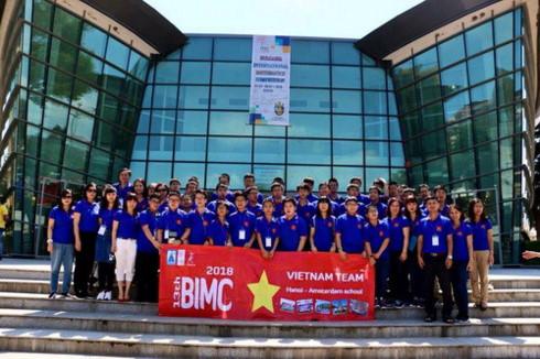 Đoàn thí sinh Việt Nam tham dự năm 2018 tại Bulgari